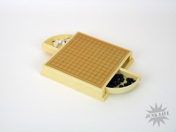 1973 Nintendo Mini Game Go Magnetic