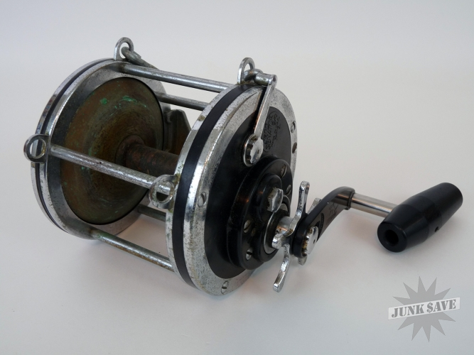 Penn senator 9 0 fishing reel vintage junksave for How to reel in a fish